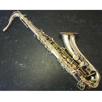 Tenor Saxophone Outfit